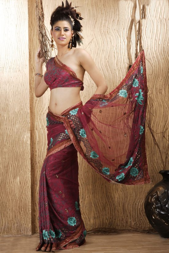 Deep Pink Jacquard Crepe Embroidered Wedding Saree