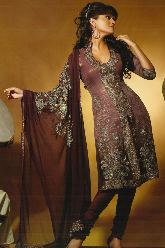 Very Latest Salwar Kameez Designs 2010 in Deep Pink Color