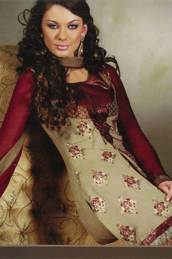 Full Sleeves Salwar Kameez