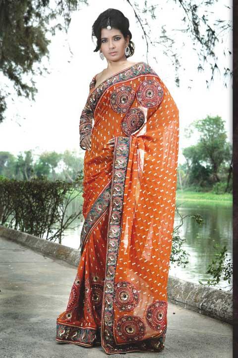 Huge sale on Sarees, Shalwar Suits and Lehenga cholis