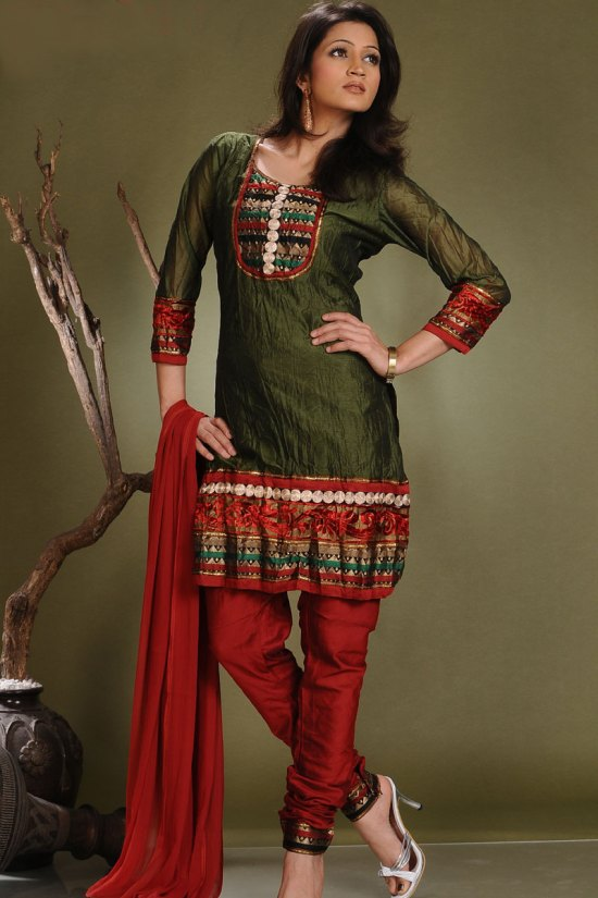 Latest Eid Collection Shalwar Kameez 2010