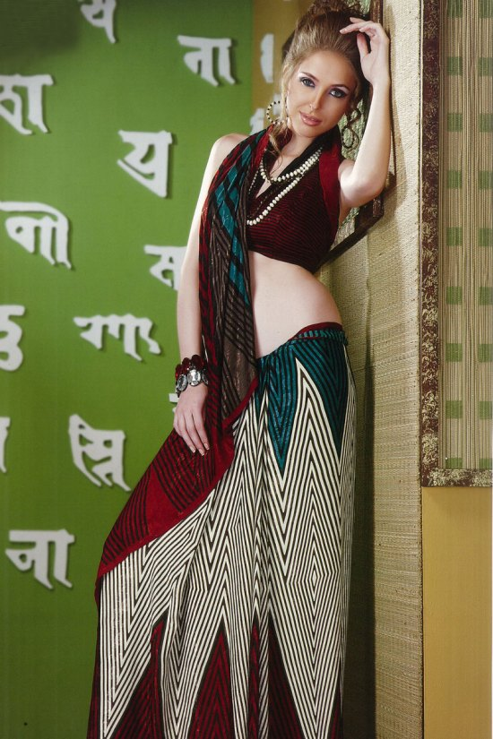 Latest Printed Saree with Stunning Saree Blouse Designs