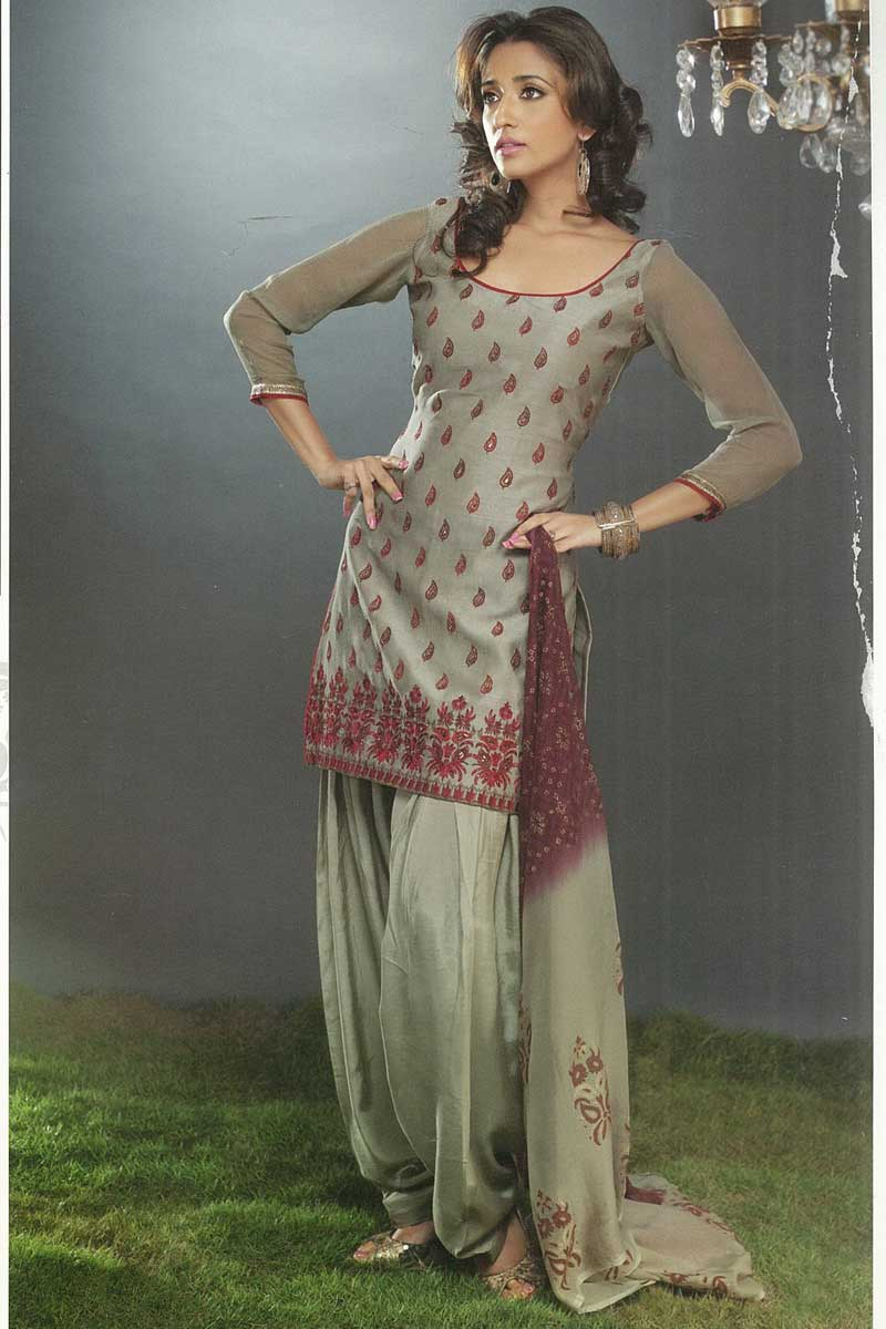 Latest Full Sleeves Salwar kameez for Party and Festival Wear