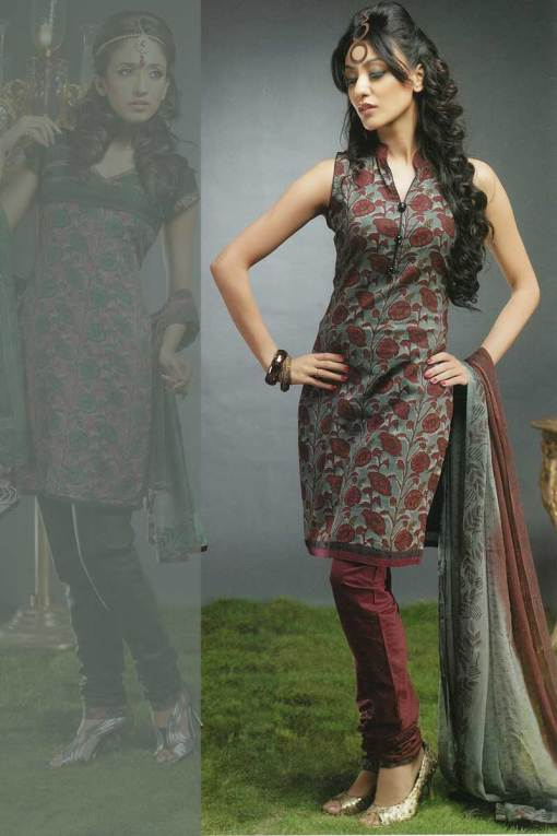Sleeveless Churidar Kameez with Brown Churidar