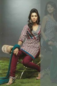 Stunning Churidar kameez with Maroon Heavy Chididar