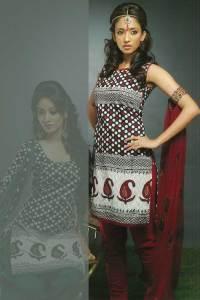 Sleeveless Chudidar Kameez with Matching Dupatta