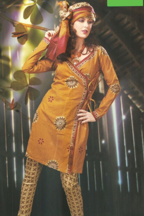 Full Sleeves Cheap Cotton Churidar Kameez for Casual Wear