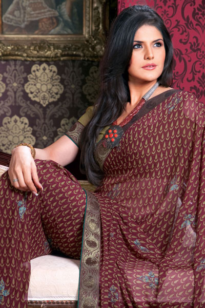 Maroon Designer Saree with Unstitched matching Saree Blouse