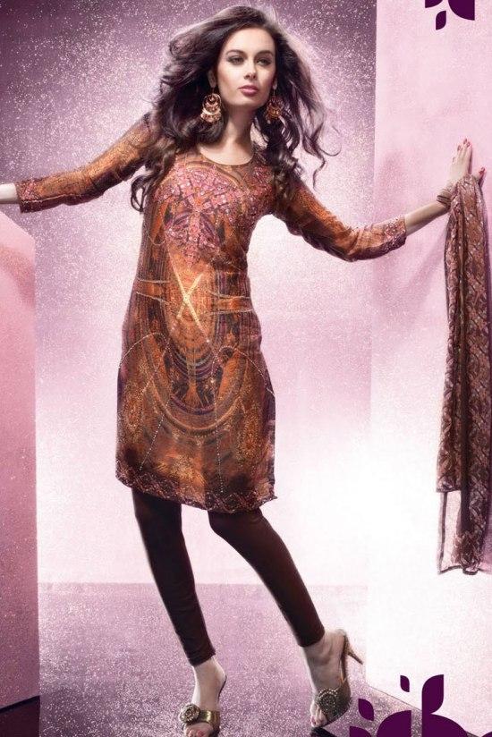 Trendy Churidar Salwar Kameez for Party Wear