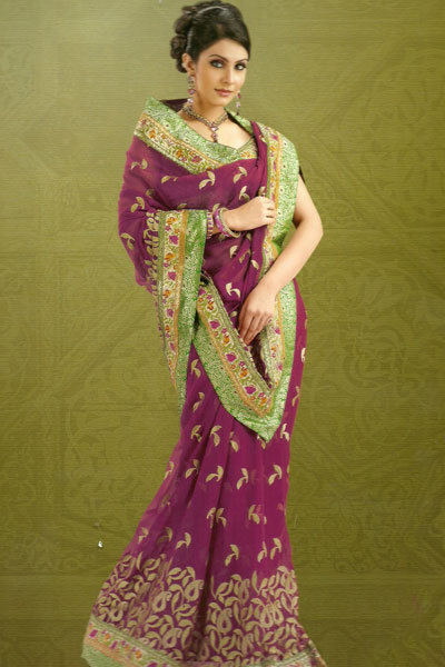 Weeding Embroidered Saree With Matching Saree Blouse