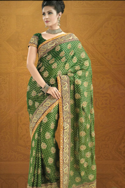 Latest Embroidered Traditional Saree With Matching Saree Blouse