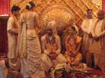 aishwarys-rai-in-her-wedding-saree