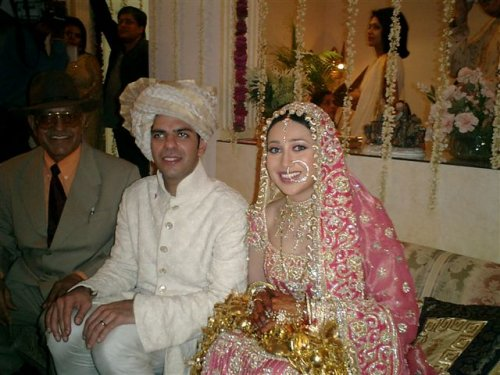 karishma kapoor on her wedding day