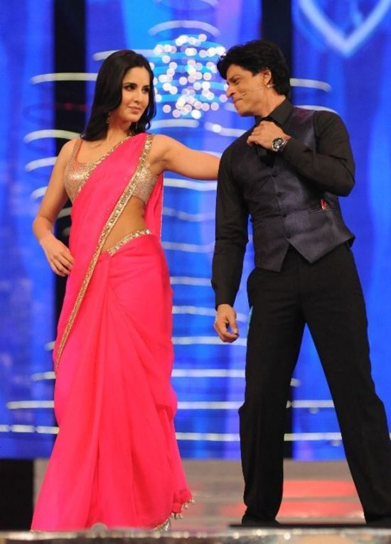 katrina kaif and shah rukh khan at color screen awards