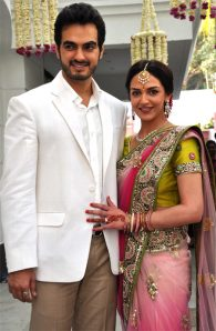 esha deol in a pink net saree at her engagement party