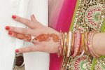 esha deol showing her engagement ring