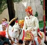 ritesh deshmukh in his wedding dherwani