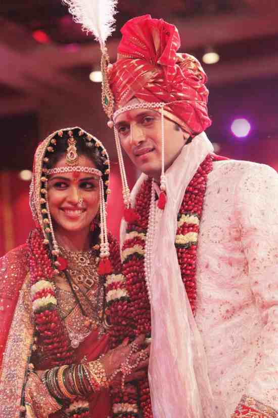 ritesh genelia after their mariage looking stunning