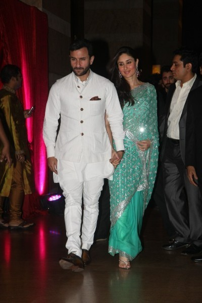 saif ali khan Kareena kapoor at ritesh genelia wedding
