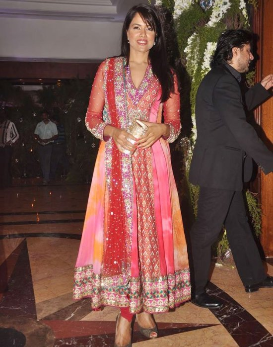 sameera reddy in-a gorgeous anarkali salwar suit in genelia ritesh sangeet ceremony
