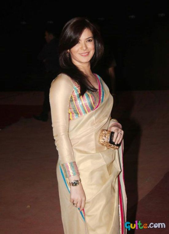 urvashi sharma in a saree at stardust awards 2012