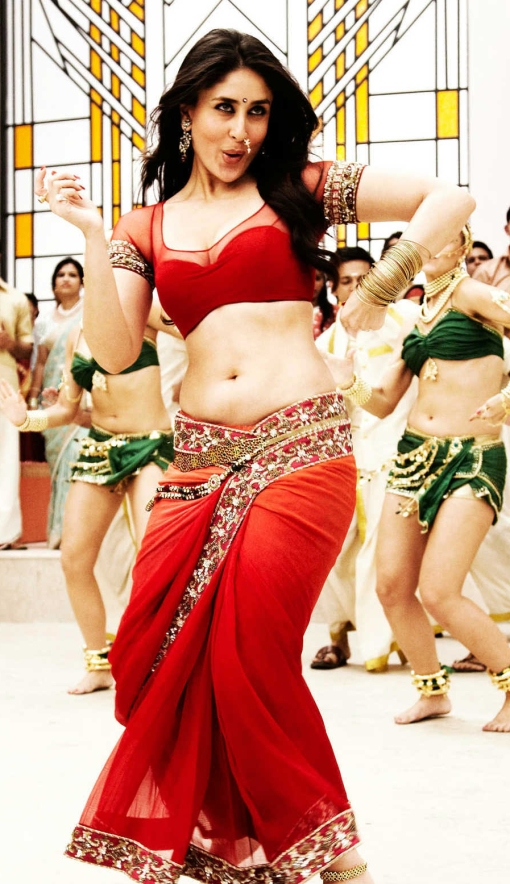 Kareena-in-Chammak-Challo-Song