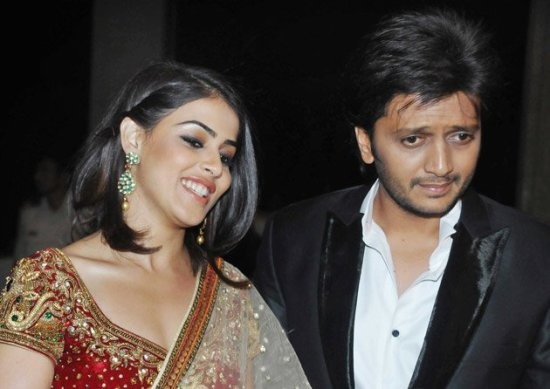 newly wed Genelia & Ritesh