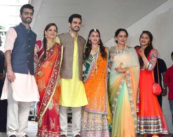 Esha & Bharat with family
