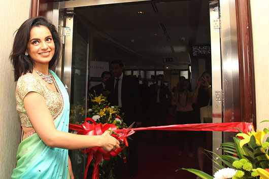 Kangana-Ranaut-inaugurates-Gitanjali-Groups-largest-B2B-Trade-Showroom