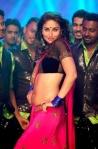 Kareena Kapoor in her latke-jhatke moments