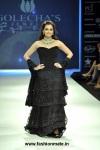 Dia-Mirza-in-Golecha-Jewels-necklace-at-India-International-Jewellery-Week-IIJW-2012