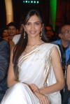 Deepika Padukone Diva look is complimented with this traditional white Settu saree