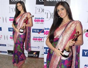 Nishka Lulla with the award