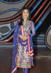 Shilpa looks stunning in this embroidered salwar kameez