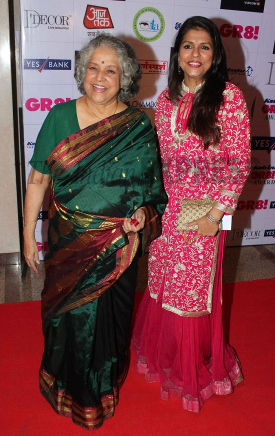 Shobha Khote with daughter
