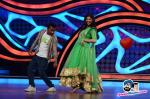 Shilpa shaking a leg with a participant