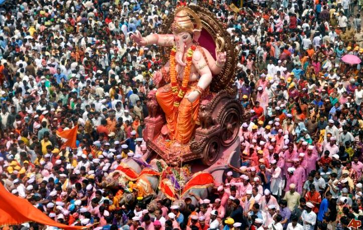 1363062843india-ganesh-chaturthi-2010-9-22-7-10-91