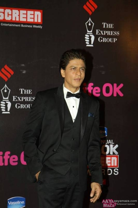 Shah Rukh Khan in Life Ok Screen Awards 2015