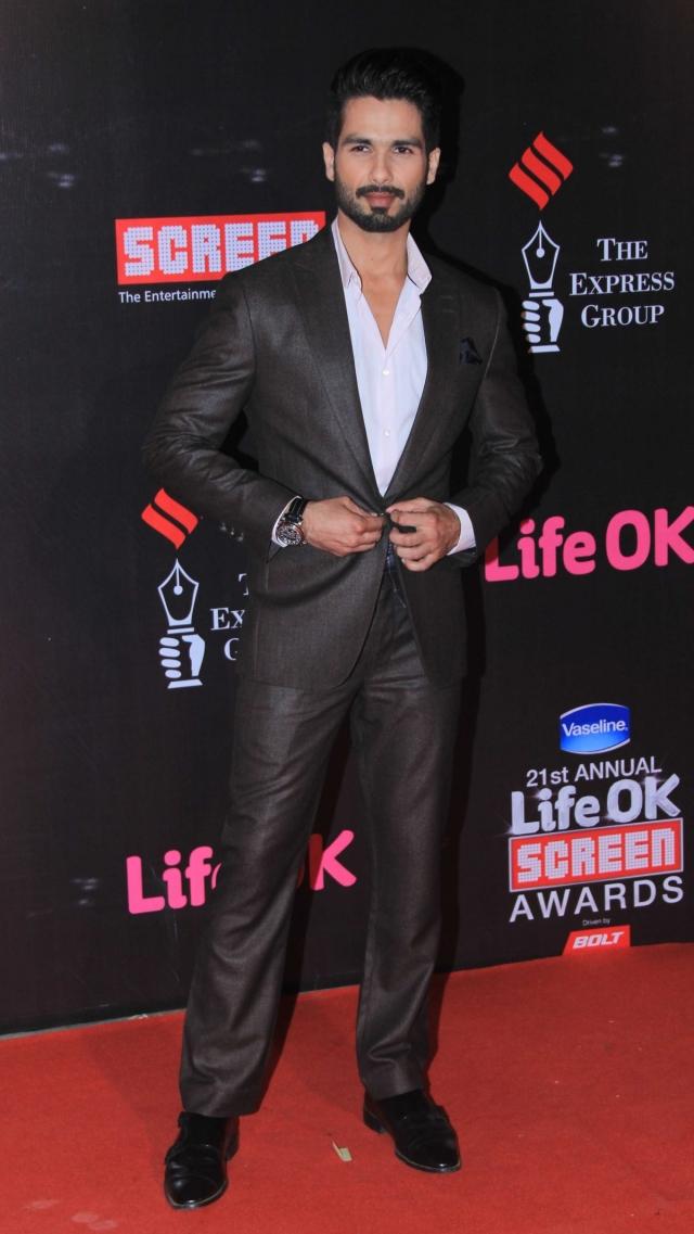Shahid Kapoor  in Life Ok Screen Awards 2015