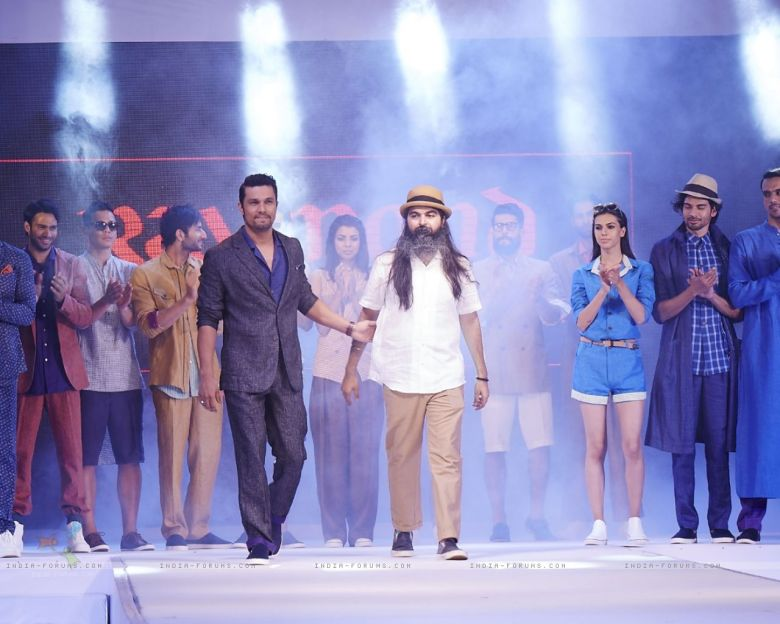Suket Dhir collection