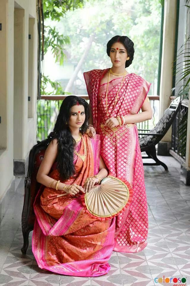 Source : Traditional bridal Banarasi silks found on madhurya.com