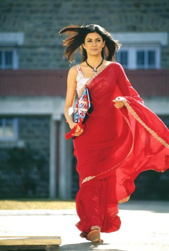 Sushmita Sen in Navel saree