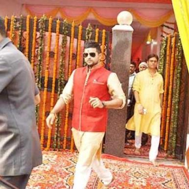 raina kurta with red jacket