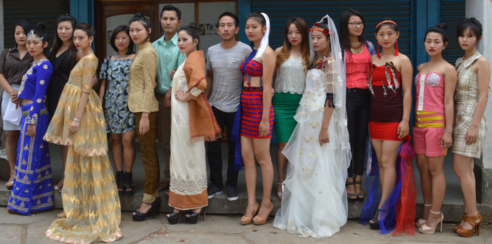 Models in vibrant modern Mizo traditional attires. (With ... |North East Indian Clothing