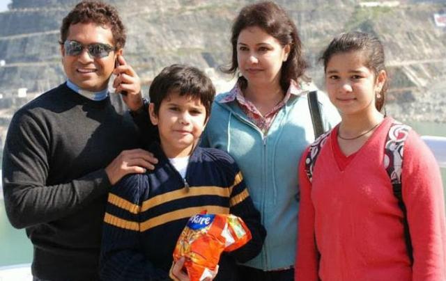 sachin tendulkar family photo
