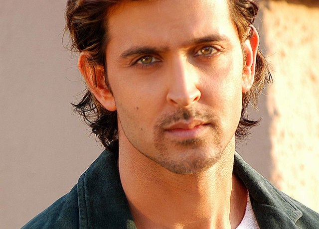 hrithik roshan hair style with different eye color designer 7138