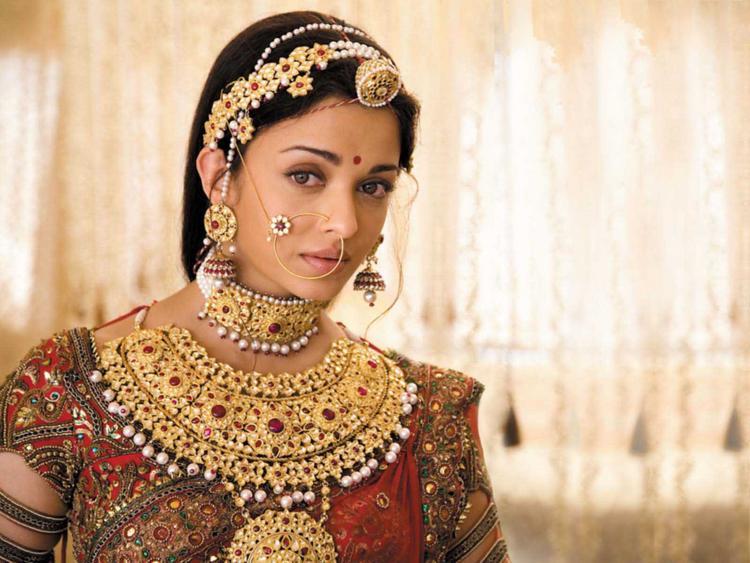 aishwarya-rai-indian-bridal-look-pic